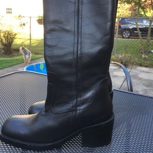 NEW Kenneth Cole Reaction Boots Size 7
